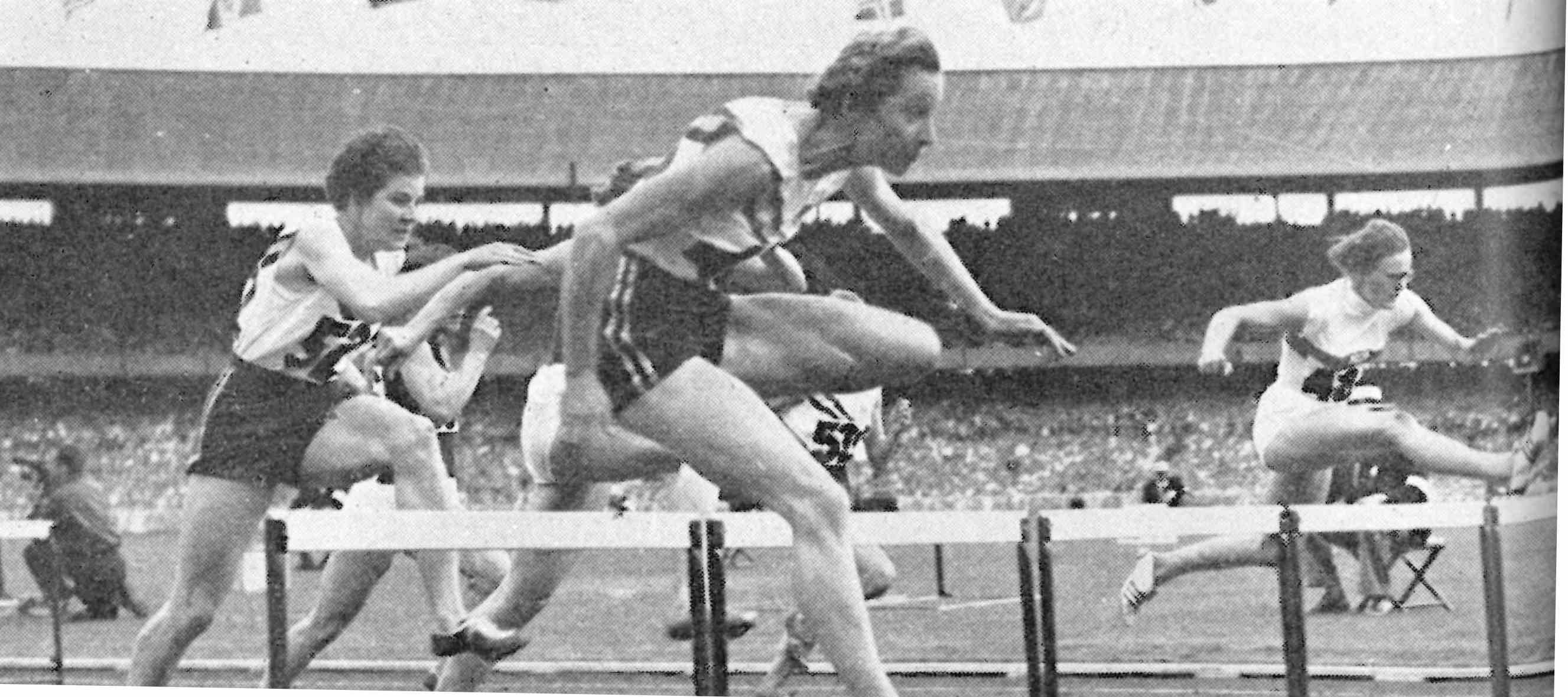Melbourne 1956 Olympics - Shirley Strickland defends her Olympic title