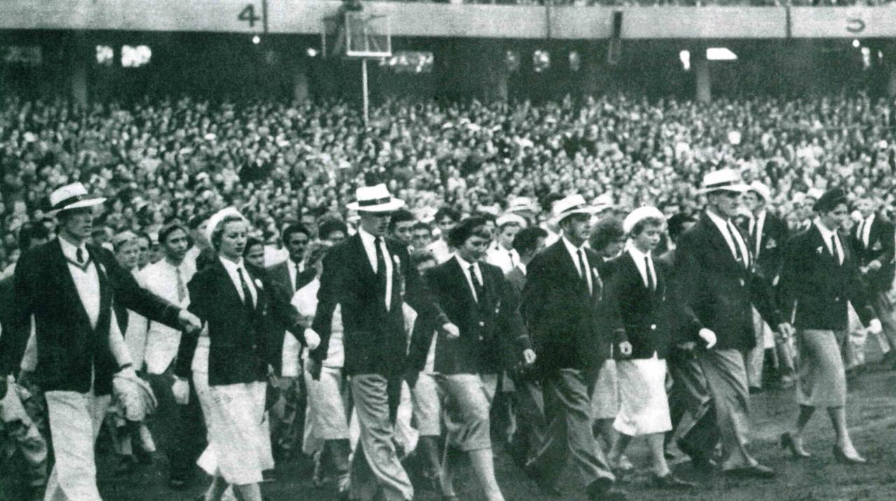 Melbourne 1956 Olympic Games - the historical closing ceremony