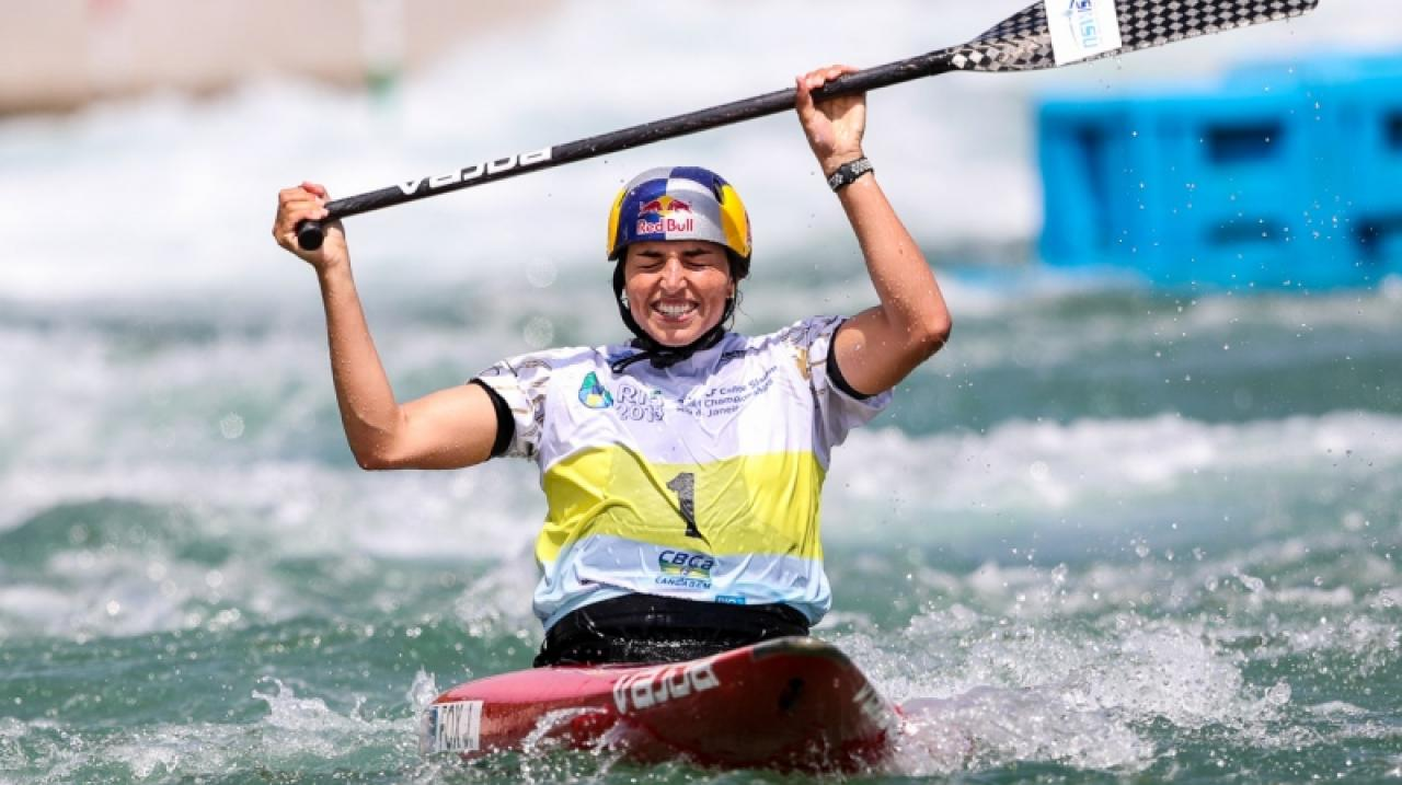 Greatest female paddler Jess Fox makes it double World Champs gold