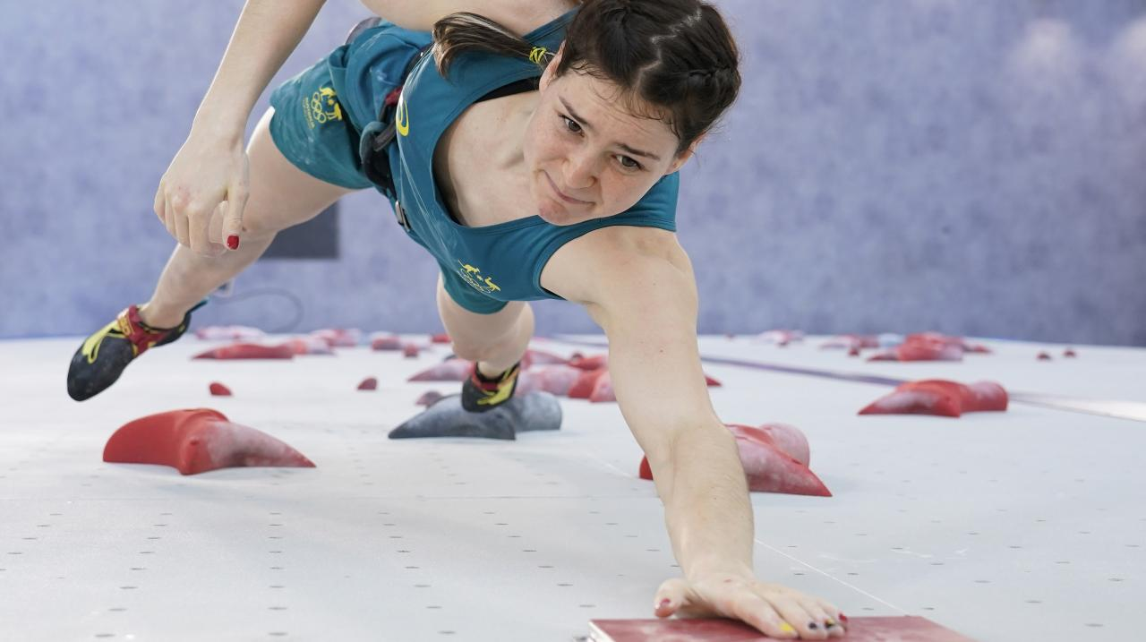 Oceania Mackenzie competing in the speed climb